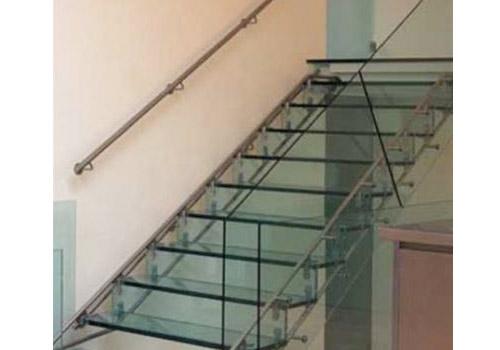 Cau-thang-kinh-Temper-Glass