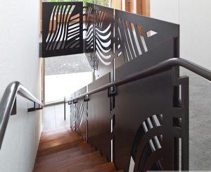 lan can cầu thang sắt CNC nghệ thuật đẹp