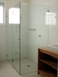 Mẫu vách kính phòng tắm đẹp
