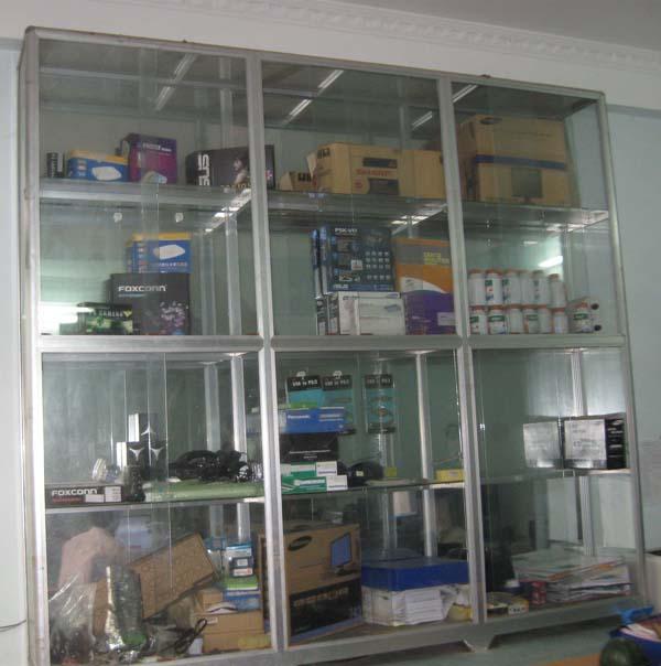 Mẫu Hình ảnh Tủ Nhôm, Tủ Kính Dùng để Trưng Bày Và Bán Hàng