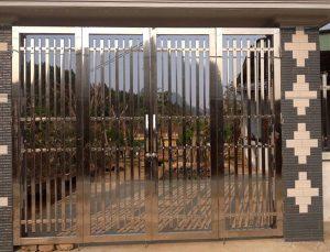 Mẫu cổng inox 4 cánh đẹp, mới nhất hiện nay