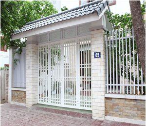 mau-cua-cong-sat-dep-don-gian-hien-dai-26