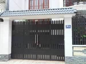 mau-cua-cong-sat-dep-don-gian-hien-dai-5