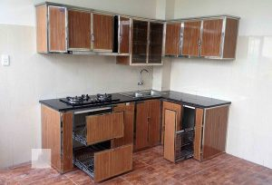 Mẫu tủ bếp nhôm kính giả vân gỗ đẹp