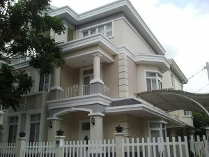 cong-trinh-cua-nhua-loi-thep-dep-18