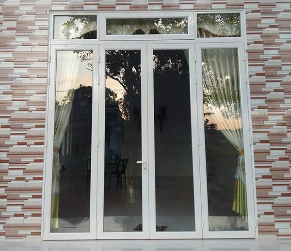 Mẫu cửa nhôm kính đẹp