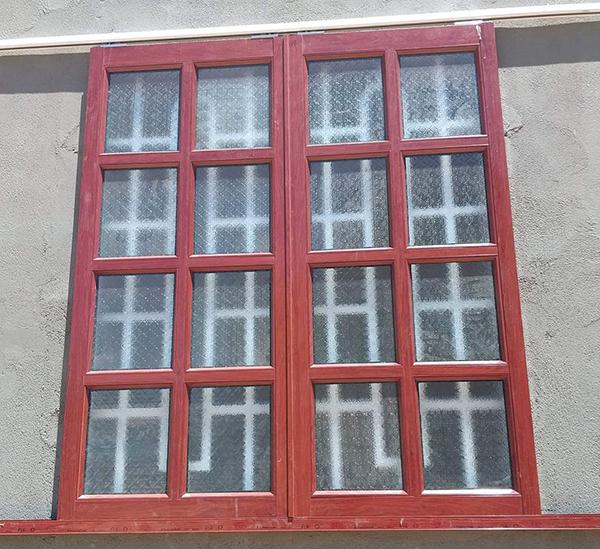 Mẫu cửa sổ nhôm kính đẹp